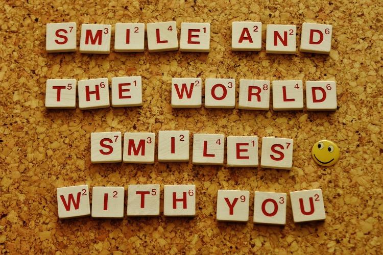 smile-2045963_1920.jpg
